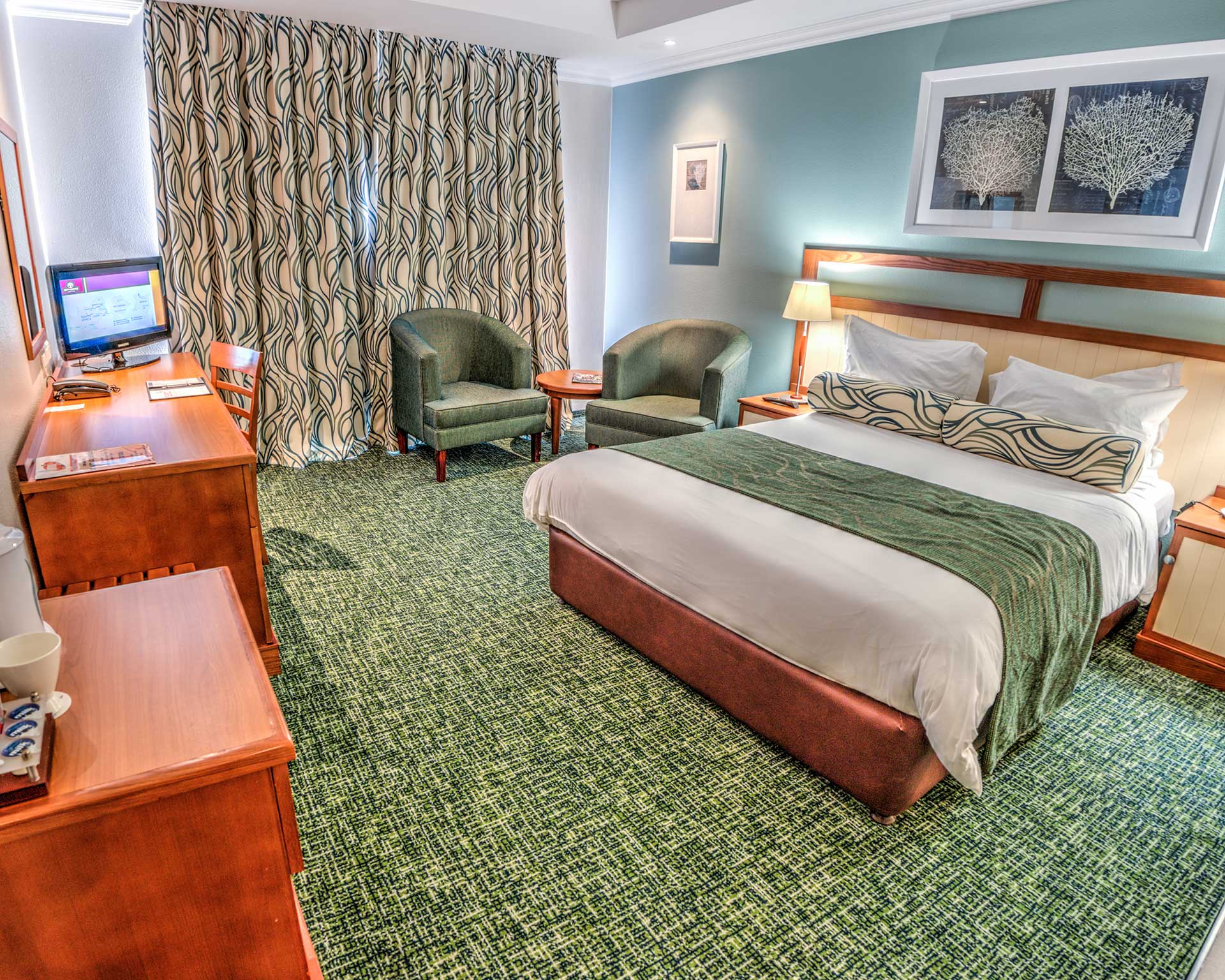 HD-City-Lodge-Hotel-Umhlanga-Ridge-Bedroom-Double-CI